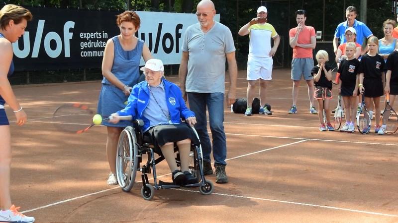 voorzitter tennisvereniging over 2016